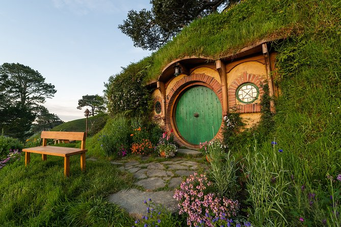 Hobbiton Movie Set Tour & Waitomo Glowworm Cave Experience
