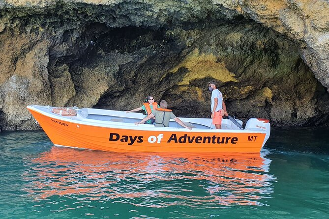 Tour to go inside the Ponta da Piedade Caves/Grottos and see the beaches - Lagos