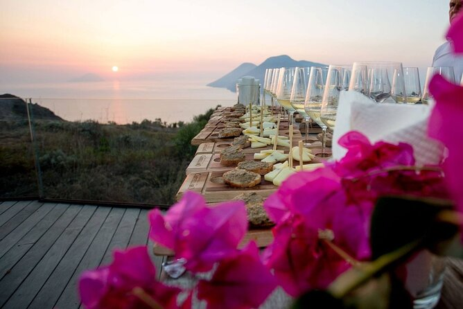 Private Aeolian Island Tour & Wine Tasting in Panoramic Winery