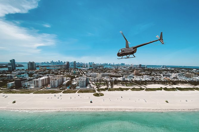 30 Minute Private Luxury Helicopter Sightseeing Tour of Miami