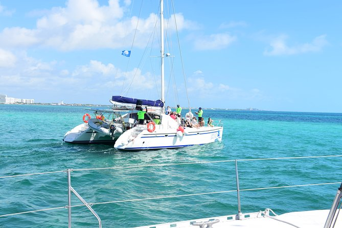 Catamaran Sailing isla Mujeres Tour in Cancun