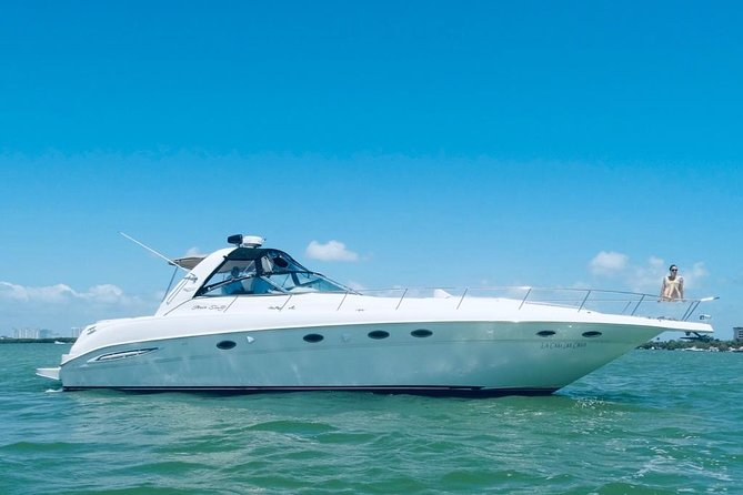 4- Hour Private 48ft Premium Yacht Rental in Cancún 23P8