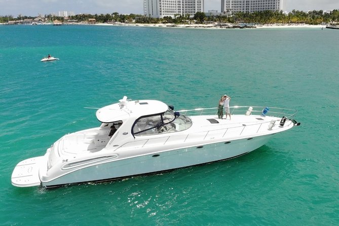 Private Yacht SEARAY SUNDANCER 60ft up to 20 pax 23P1
