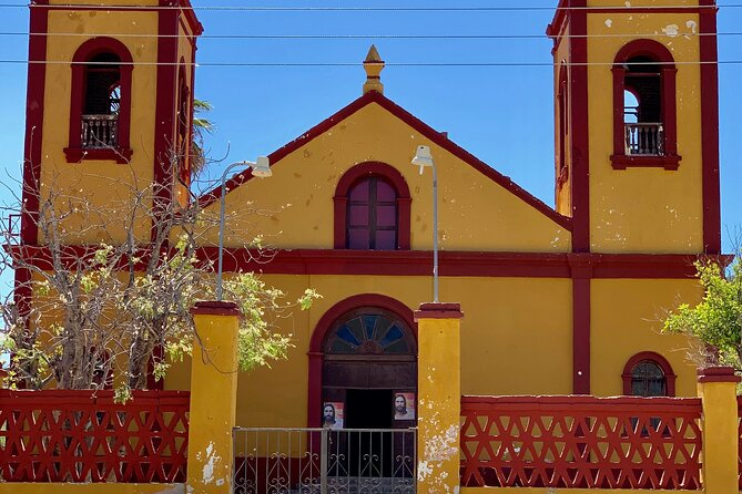 La Paz Tour, Historical City, Beach, Colonial and Beautiful scenery on the way!