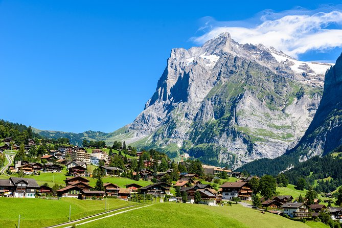 Day Trip to Swiss Villages(Interlaken-Grindelwald-KleineScheidegg-Lauterbrunnen)