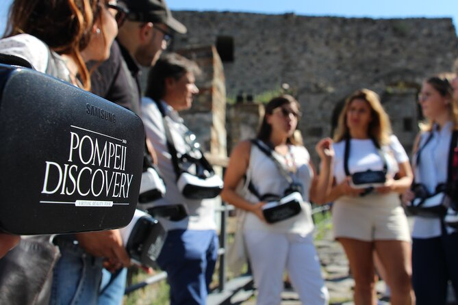 Private Guided Tour and VR Headsets in the Ancient Pompeii