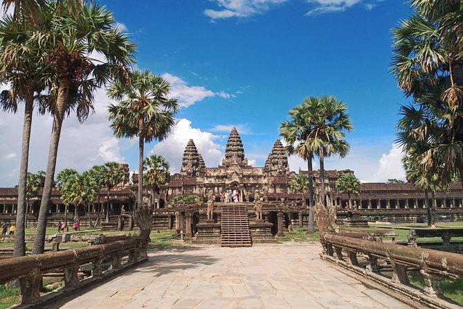 Private 3-Day Tour in Siem Reap & Phnom Penh