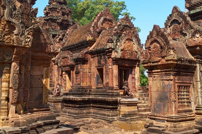 Private Exploration to Kbal Spean, Banteay Srei and Banteay Samre