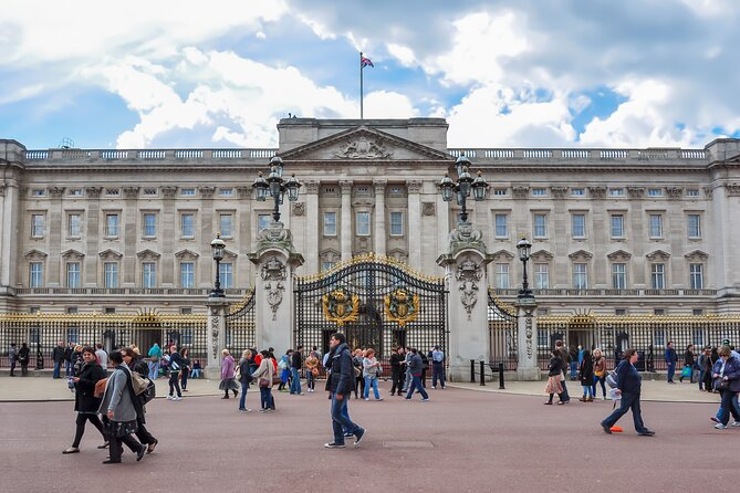 London Hop-on Hop-off Guided Walking Tour