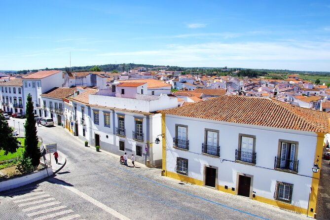 From Algarve: Medieval Évora with Lunch and Wine Tasting
