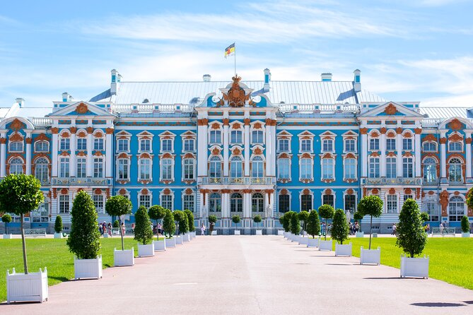 Catherine's Palace with Amber Room in Tzars Village Skip-the-Line Private Tour