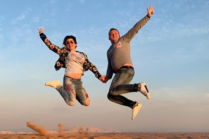 Dubai Private Red Dunes Desert Adventure with Shows and Dinner