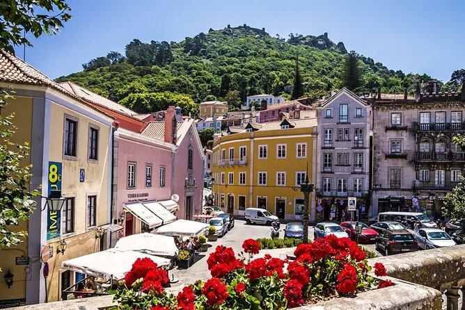 Tour a Sintra, Cascais, Cabo da Roca e Palácio da Pena em pequenos grupos