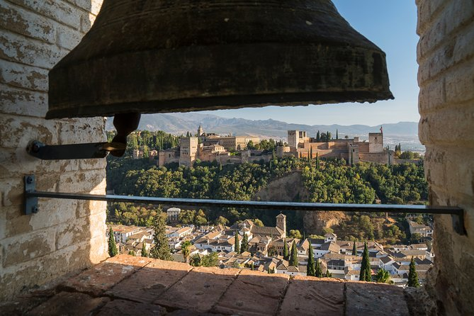 Alhambra and Albaicin Private Tour with official Guide