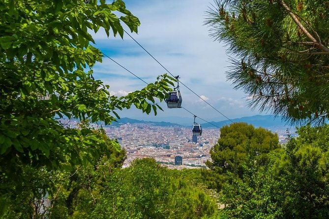 Sightseeing E-Bike Tour of Barcelona with Boat and Cable Ride