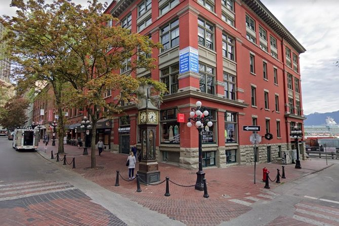 Vancouver Scavenger Hunt: Red Bricks & Gold Dragons
