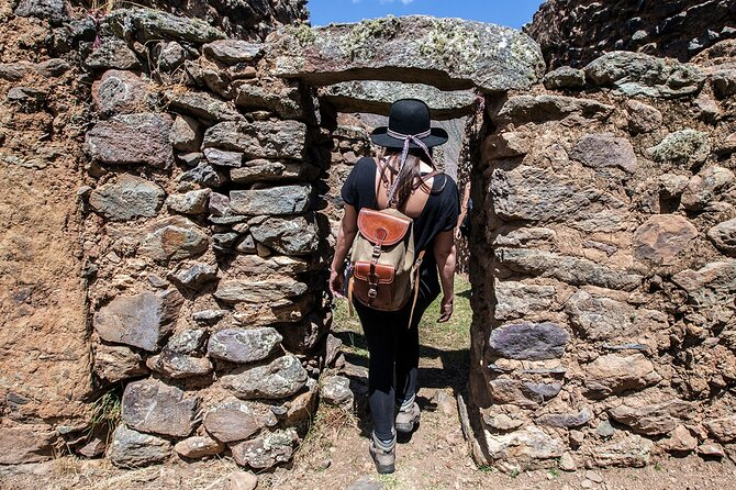 Full day hike from Huilloc to Pumamarca and Ollantaytambo - Private