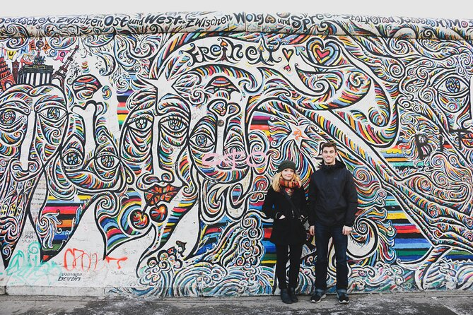 Private Berlin Street Art Tour with Graffiti, Murals and Berlin Wall