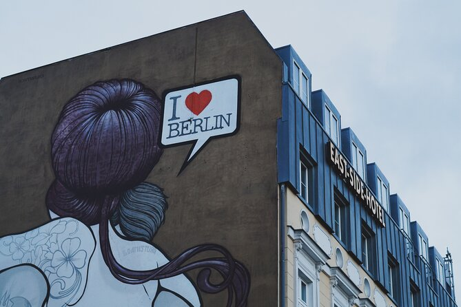 Private Berlin Street Art Tour with Graffiti, Murals and Berlin Wall