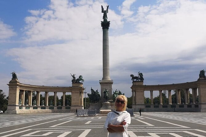 Private Budapest city tour with a daytime Danube river cruise