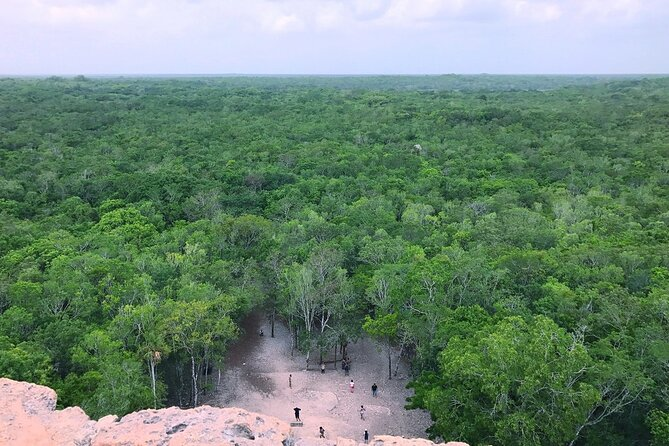 Full-Day Mayan Archaeological Sites with Lunch and Transfer from Cancun