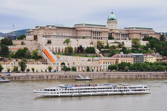 Private Budapest Driving Tour with Friendly Local Guide