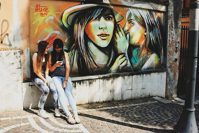 Private Budapest Street Art Tour with Local Expert