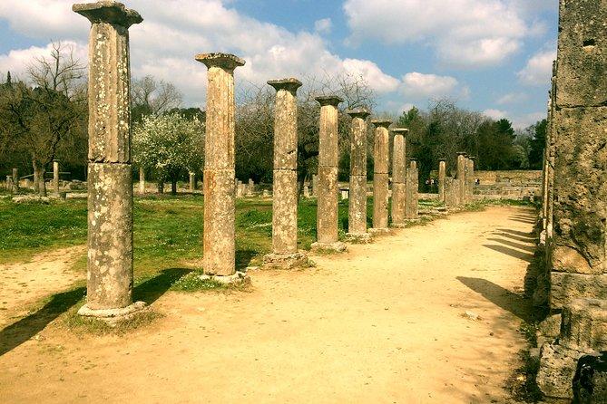 5-day Classic Greece Private Tour: Epidaurus, Mycenae, Olympia, Delphi, Meteora