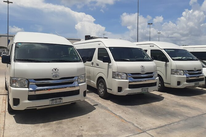 Transfer Airport - Hotel - Airport (From Ocidental Xcaret to Barcelo Palace)