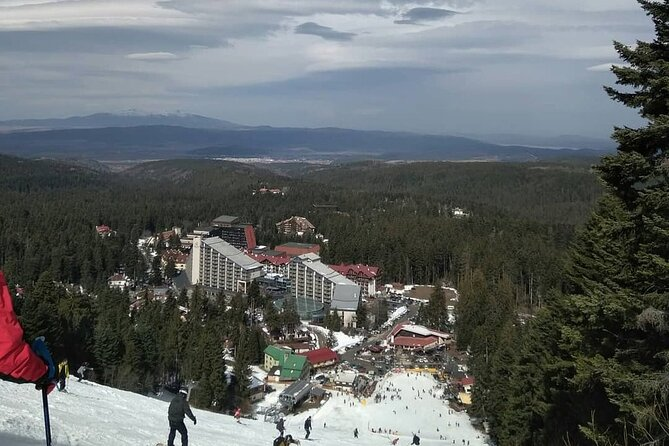 5-Day Ski and Snowboard Equipment Rental in Borovets