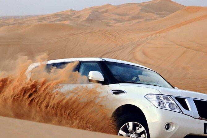 4x4 Desert Safari Dubai with Dinner in the Desert