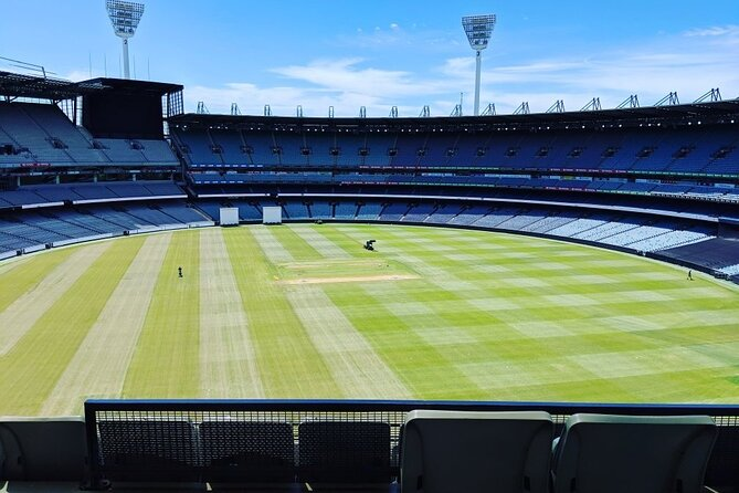 Full-Day Sports and Beer Tour of Melbourne with Lunch