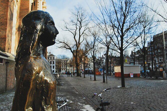 Amsterdam Must-See Historical City Walk with Local Expert