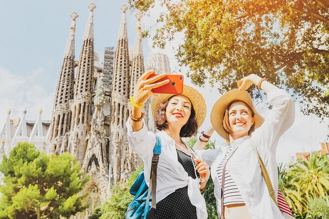 Private Barcelona Old Town Walking Tour with Expert Local Guide