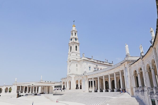 Private Full-Day Pilgrimage Trip to Fátima from Lisbon with Hotel Pick-Up