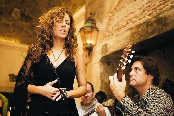 Private Lisbon Night Tour with Fado Show and 3-Course Portuguese Dinner