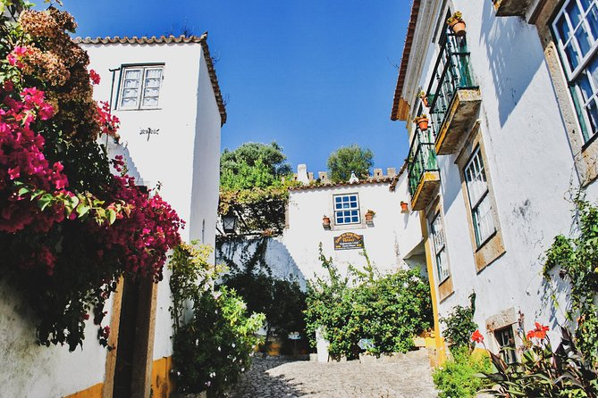 Private Day Trip from Lisbon to Óbidos Village and Mafra Palace w/ Hotel Pick-Up