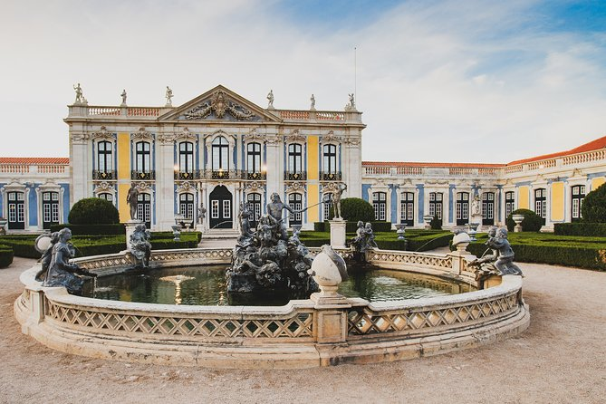 Lisbon Private Tour of Palaces in Queluz, Mafra and Lisbon in 1 Day