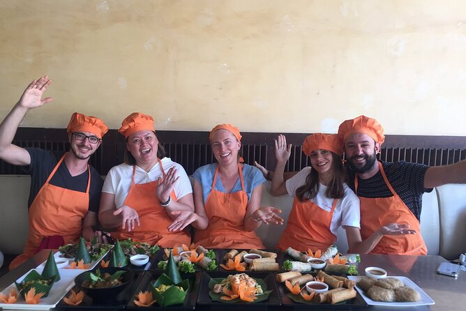 Half-Day Khmer Dishes Cooking Class with Chef in Siem Reap