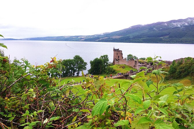 2 Days on the Loch Ness Canal of Caledonia and the Highlands