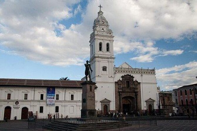 Plaza de Santo Domingo (Plaza de Santo Domingo)