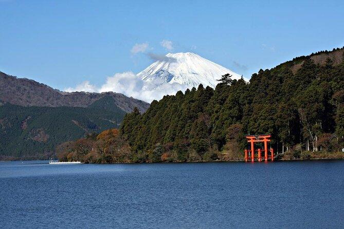 Lake Ashi (Ashi-no-ko)