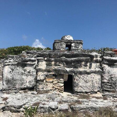 Royal Castle (Castillo Real)