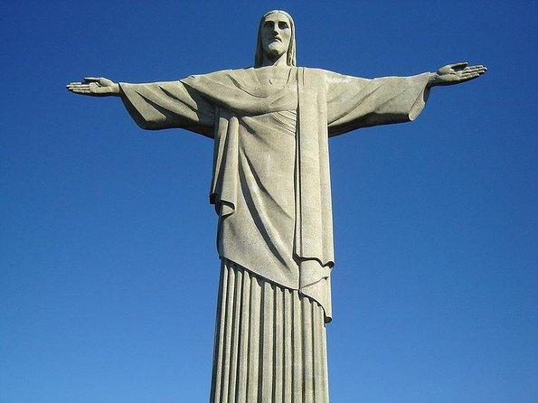 Christ the Redeemer Statue (Cristo Redentor)