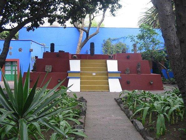 Frida Kahlo Museum (Museo Frida Kahlo)