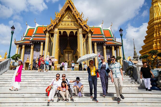 Temple of the Emerald Buddha (Wat Phra Kaew)
