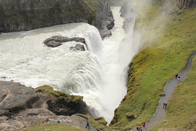 Gullfoss Waterfall (Golden Falls)