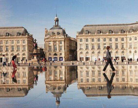 Place de la Bourse (Place Royale)