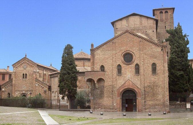 Basilica of Santo Stefano (Basilica di Santo Stefano)