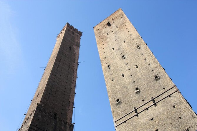 Two Towers (Due Torri)